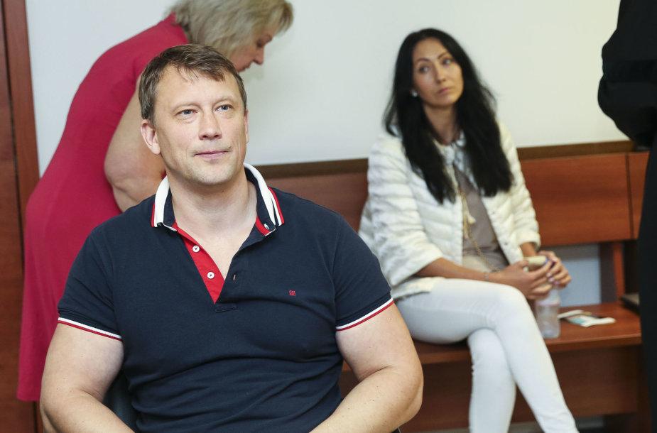 Alvydas Duonėla ir buvusi žmona Dalia Burokaitė-Duonėlienė