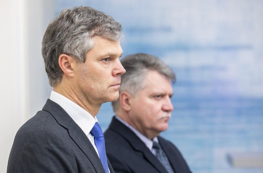 Vytautas Jonas Žukas, Darius Jauniškis