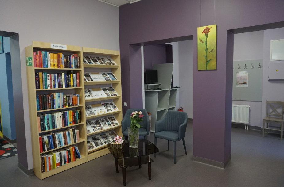 Po renovacijos atidaryta Grigiškių biblioteka