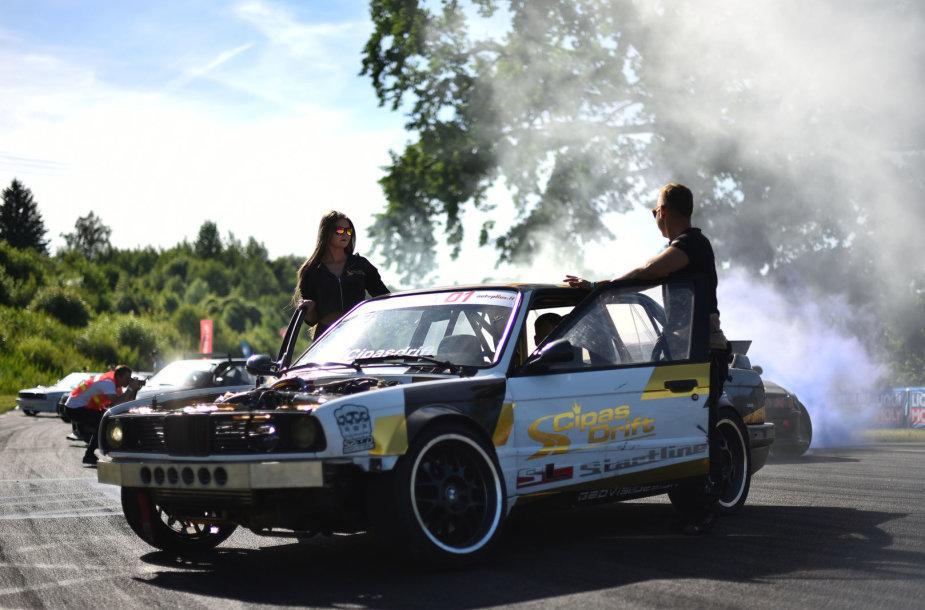 """UpHill Drift by Liqui Moly ir Automotive Semi-PRO"" kovos Kačerginėje"
