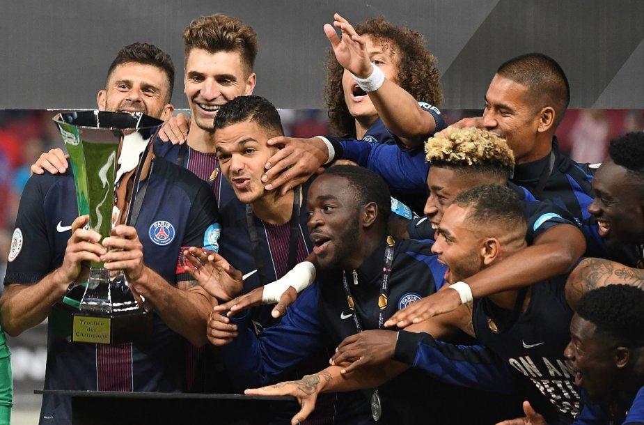 """""""Paris Saint Germain"""" futbolininkai"""