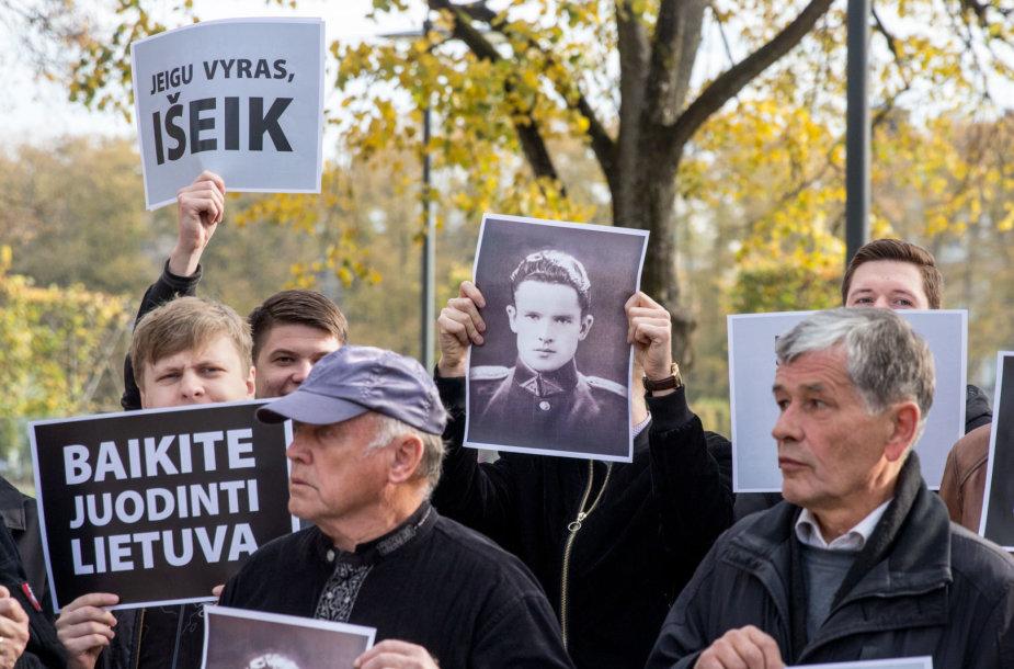 Protestas prie Užsienio reikalų ministerijos
