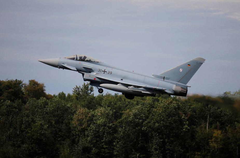 Vokietijos karinių oro pajėgų naikintuvas