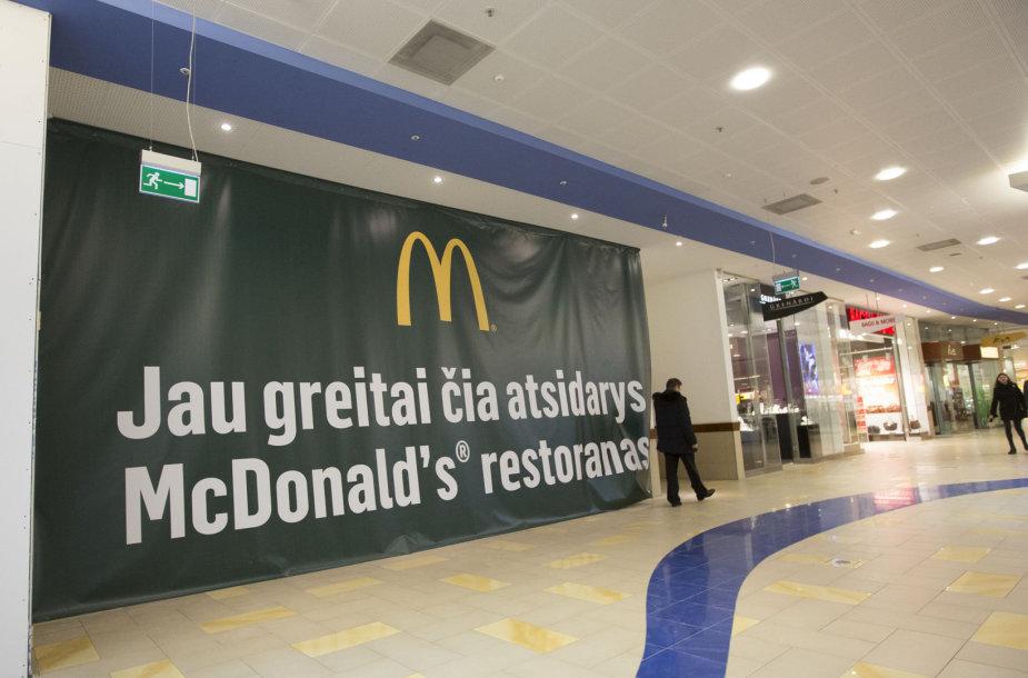 """""""McDonald's"""" prekybos centre """"Panorama"""""""