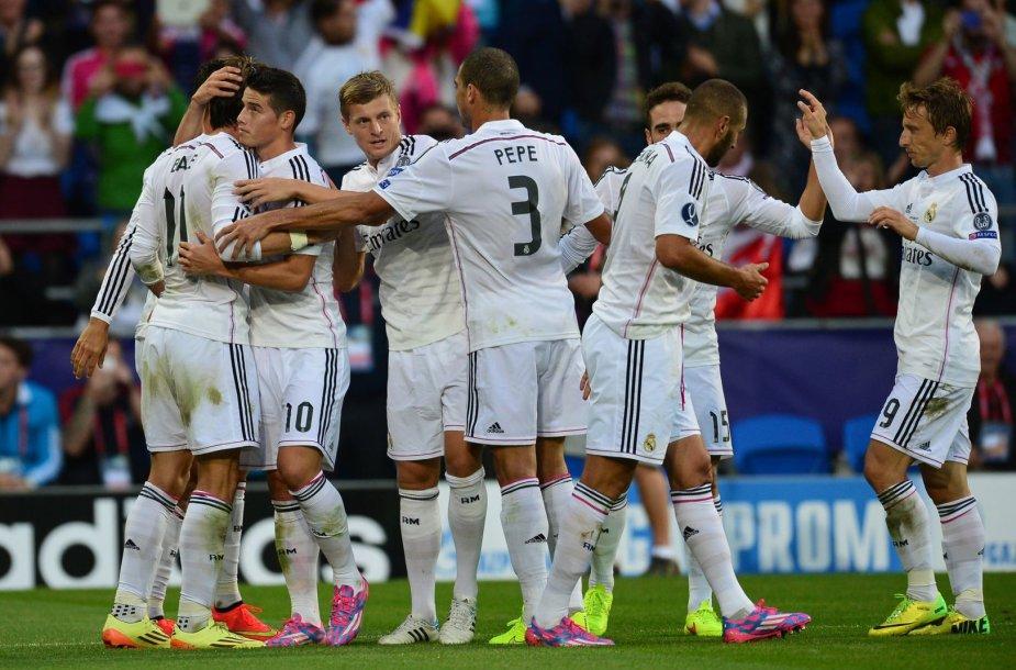 """Madrido """"Real"""" pergalė Supertaurės rungtynėse"""