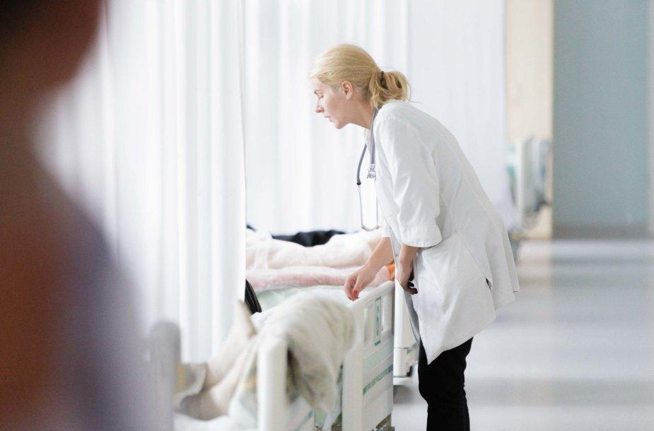 Sveikatos apsaugos ministras Aurelijus Veryga lankėsi Vilniaus universiteto ligoninės Santaros klinikose
