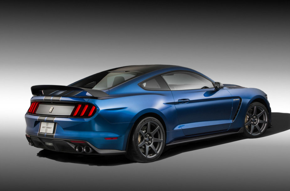 """""""Ford Shelby GT350R"""""""