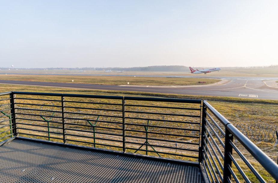 Vilniaus oro uoste atidaryta pirmoji Lietuvoje lėktuvų stebėjimo aikštelė