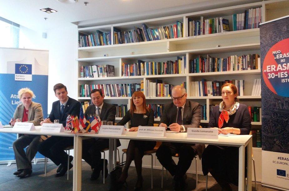 """""""Erasmus +"""" spaudos konferencija"""