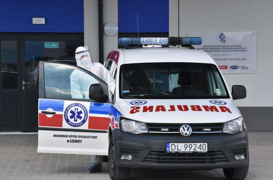 Greitosios pagalbos automobilis Lenkijoje