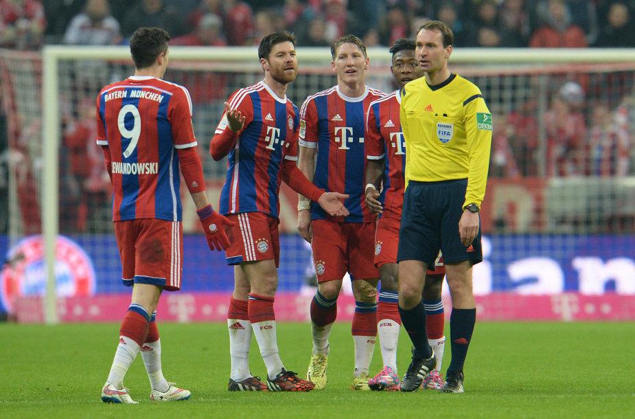 """Miuncheno """"Bayern"""" futbolininkai"""
