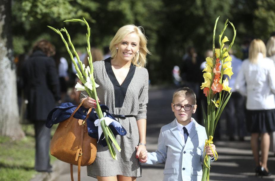 Renata Klimaitytė su sūnumi Ugniumi