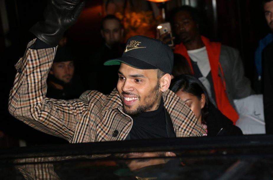 JAV dainininkas Chrisas Brownas
