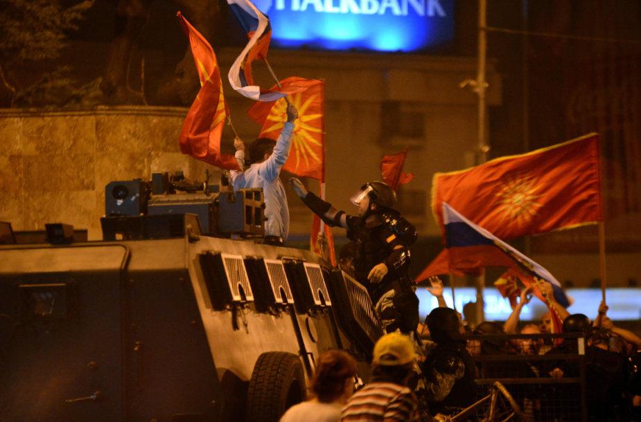 Protestai prieš šalies pavadinimo keitimą Makedonijoje