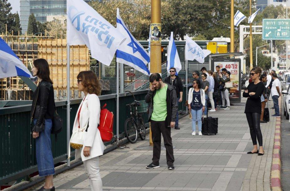 Izraelis dviem tylos minutėmis paminėjo Holokausto aukas