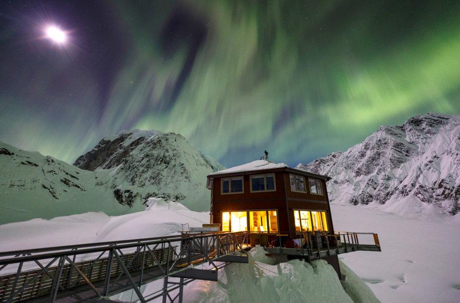 Prabangus viešbutis ant ledyno Denalio nacionaliniame parke Aliaskoje