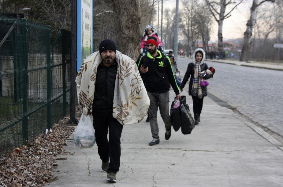 Migrantai Turkijoje eina sienos su Graikija link
