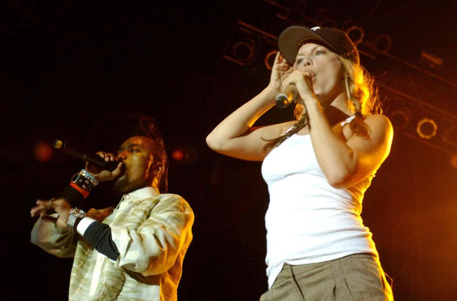 """""""The Black Eyed Peas"""" koncertas, per kurį Fergie prisišlapino į kelnes"""