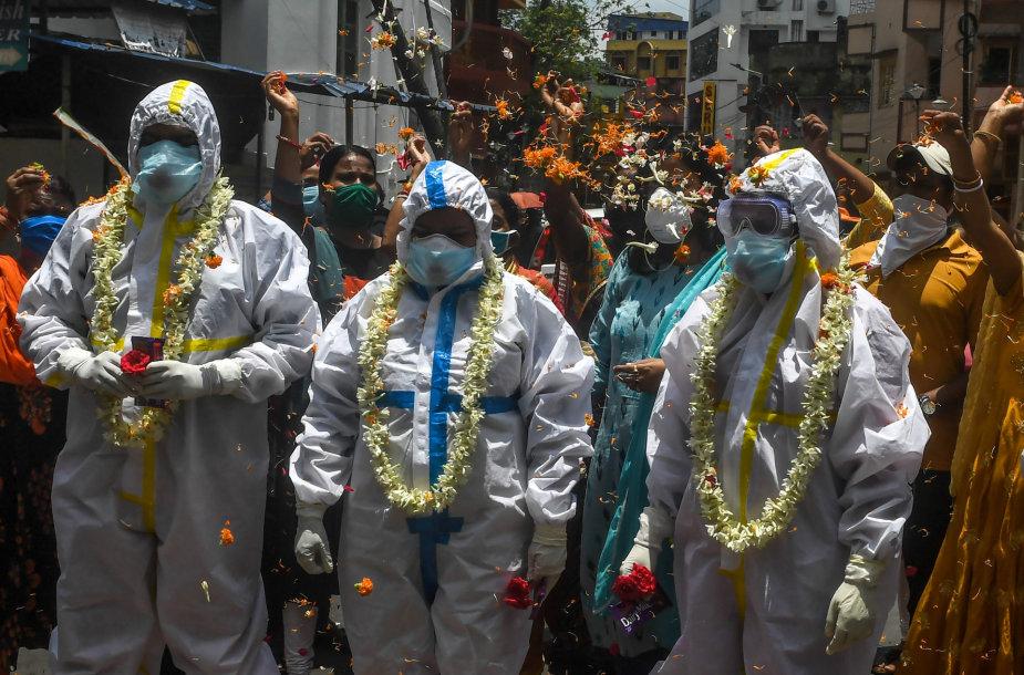 Indijos medikai