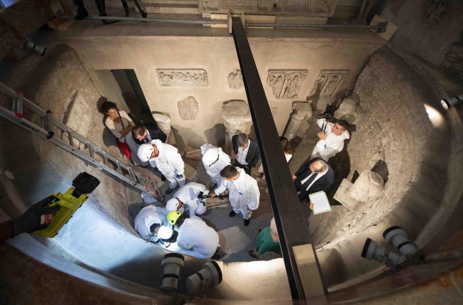 Laidojimo kamerų atvėrimas Vatikane
