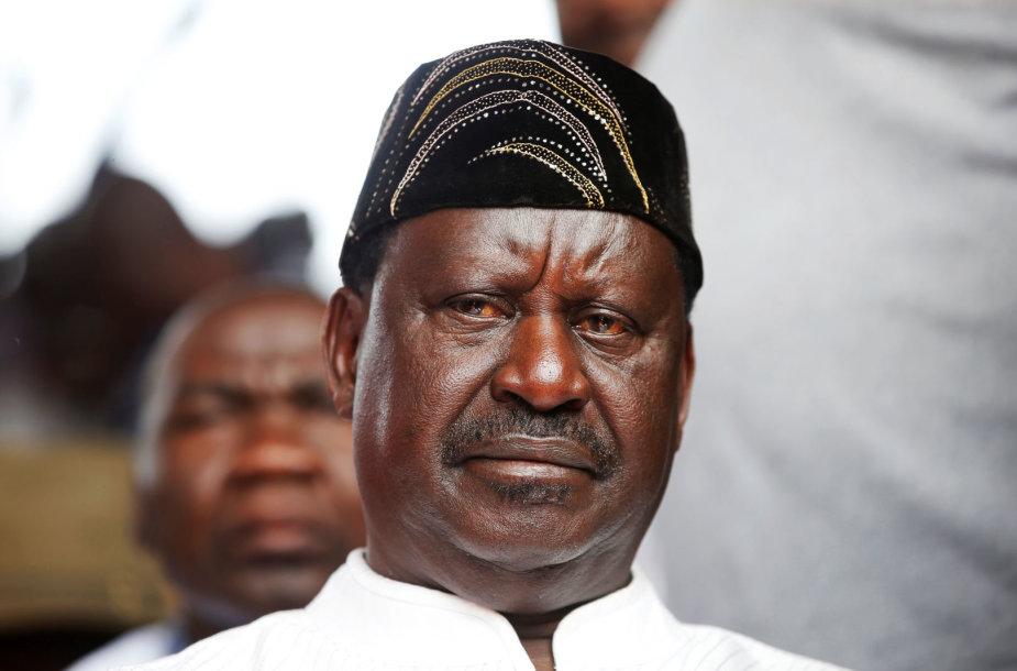 """Kenijoje opozicijos lyderis Odinga prisaikdintas """"liaudies prezidentu"""""""