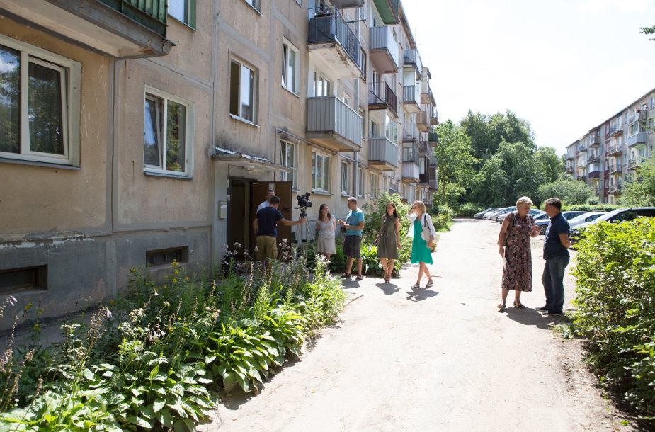 Evakuojamas Biržiškų gatvės 11-as namas