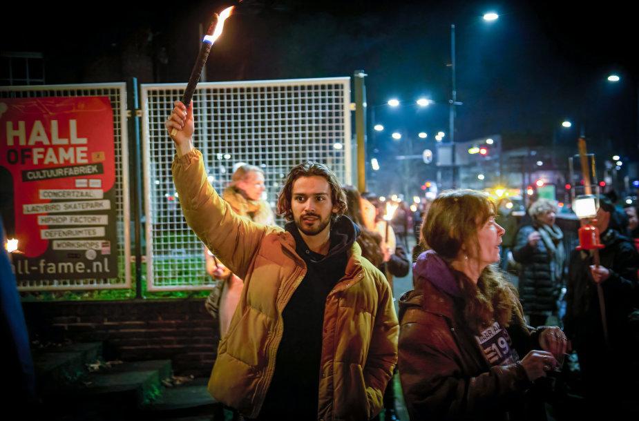 Protestas Nyderlanduose prieš komendanto valandą
