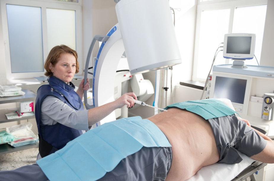 Invazinė procedūra rentgeno kontrolėje