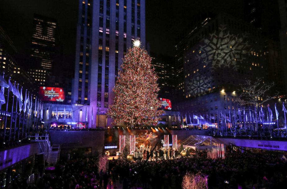 Kalėdų eglės Rokfelerio centre, Niujorke įžiebimo akimirka
