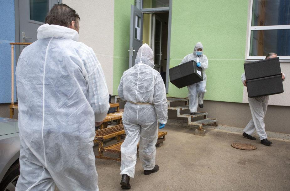 Latvijoje pandemijos metu ribojimai švelnesni