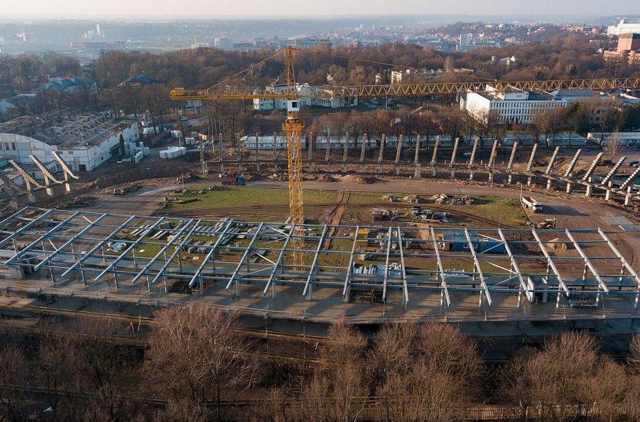 Rekonstruojamas S.Dariaus ir S.Girėno stadionas