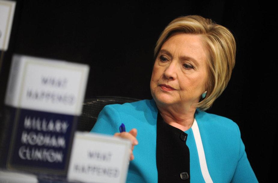 """Knygos apie Hillary Clinton """"Kas nutiko?"""" (angl. """"What happened?"""") pristatymas"""