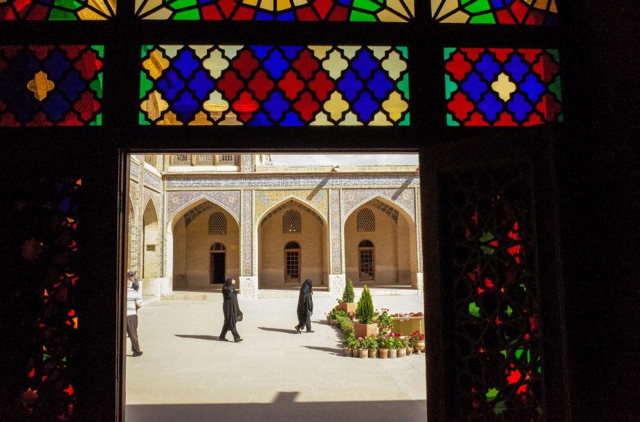 Kelionė į Iraną – miestai, dykumos, kalnai ir jūra