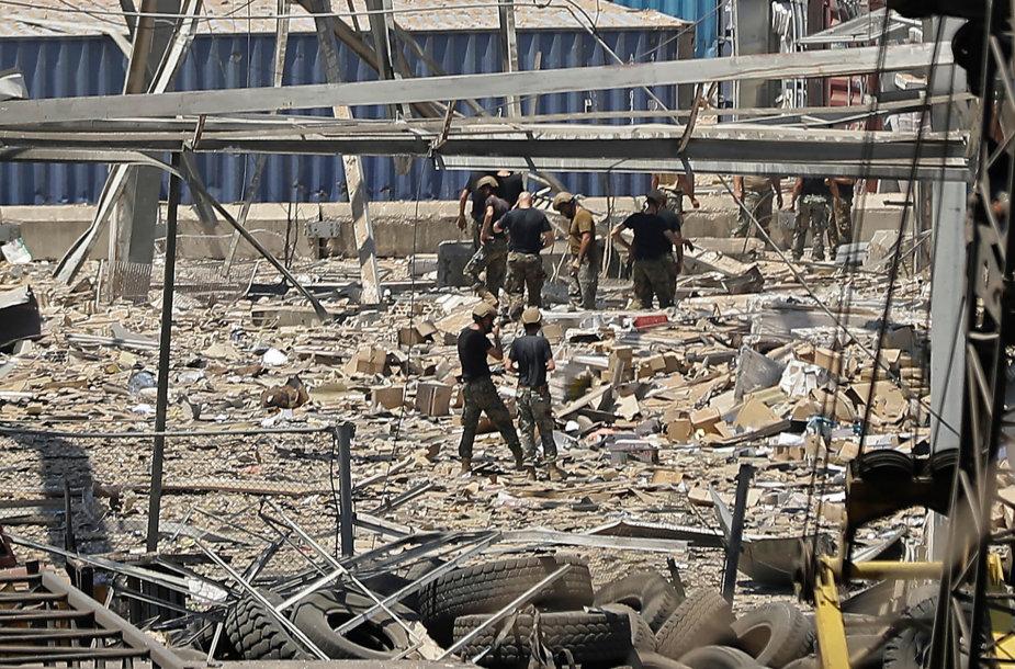 Incidento vietoje dirbntys gelbėtojai