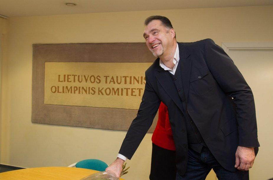 LTOK vadovai apdovanojo Arvydą Sabonį