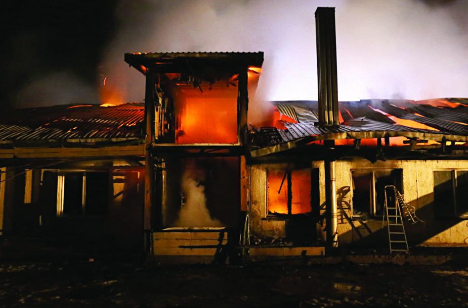 Utenos rajone, Užpaliuose,  sudegė šv. Teresės šeimynos namai