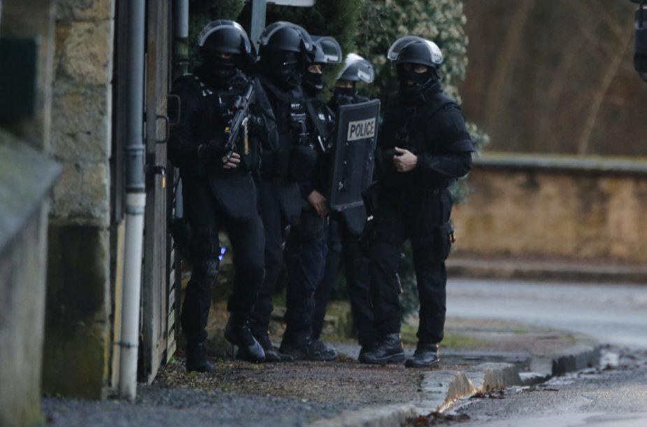 Prancūzijos pareigūnai