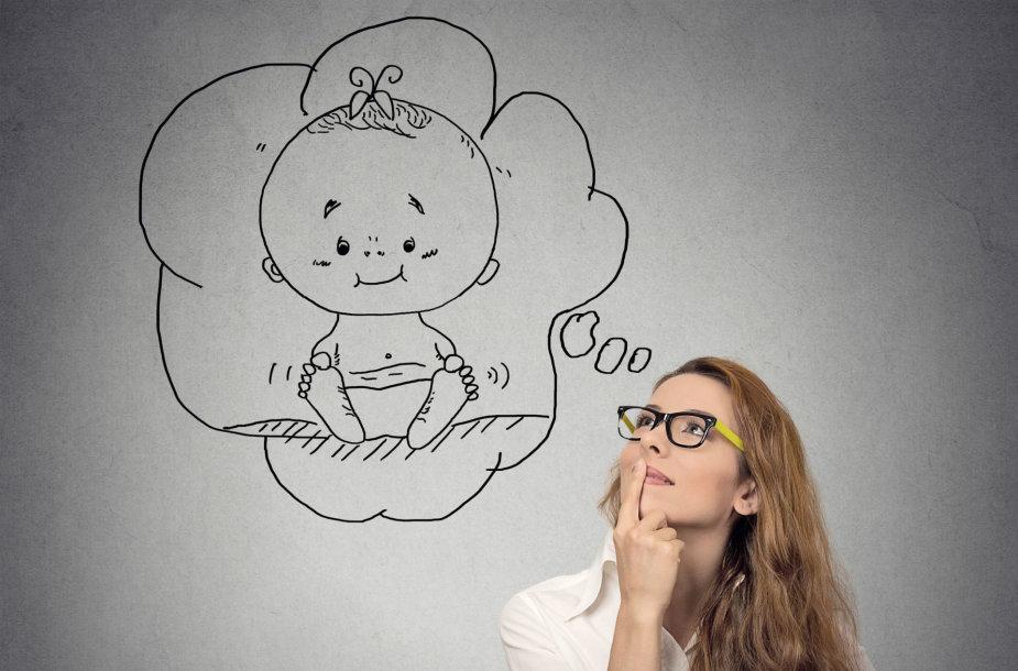 Moteris svajoja apie kūdikį