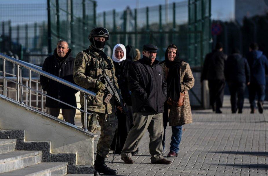 Stambule prasidėjo perversmininkų teismas