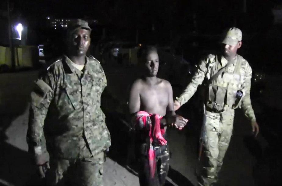 Automobilis susprogdintas prie populiarios Mogadišu picerijos