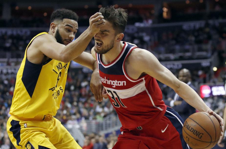 """Tomašas Satoransky įmetė 12 taškų į """"Pacers"""" krepšį."""