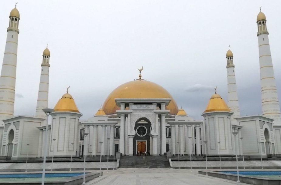 Didžiausia Turkmėnistano mečetė