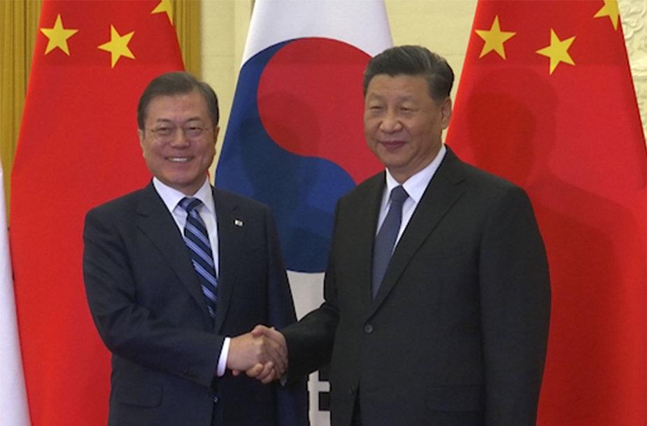 Moon Jae-inasir Xi Jinpingas