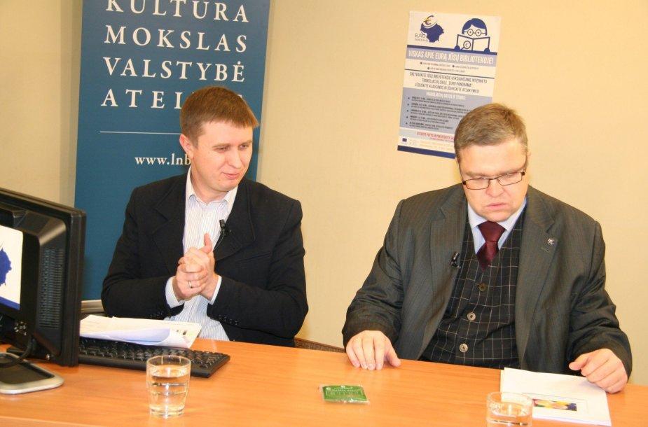 Lietuvos banko valdybos pirnininkas Vitas Vasiliauskas (dešinėje)