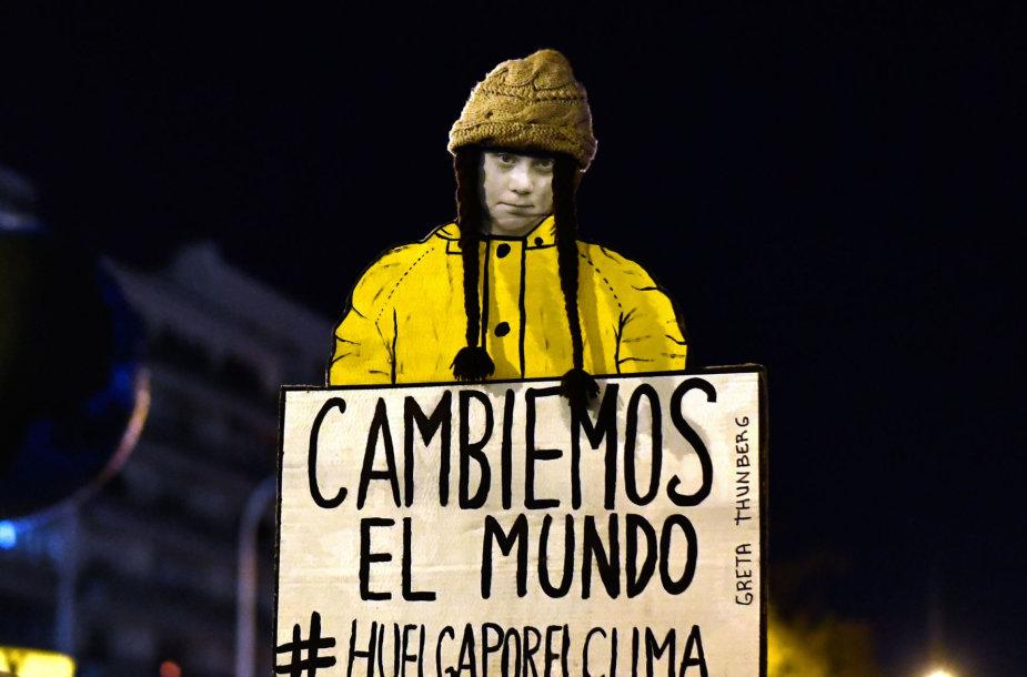 Vykstant JT klimato deryboms Madride įvyko G.Thunberg įkvėptademonstracija.