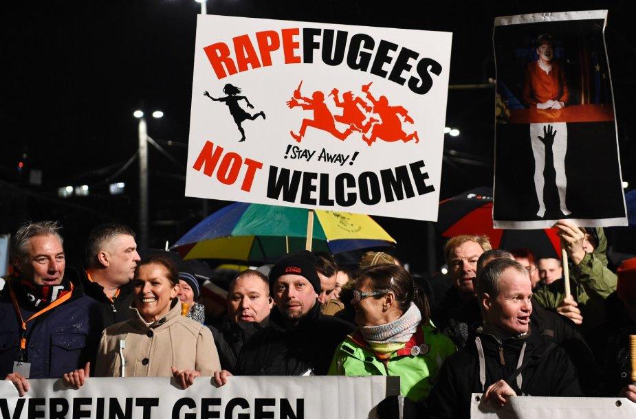 Vokietijoje auga nepasitenkinimas šalies vykdoma politika pabėgėlių atžvilgiu.