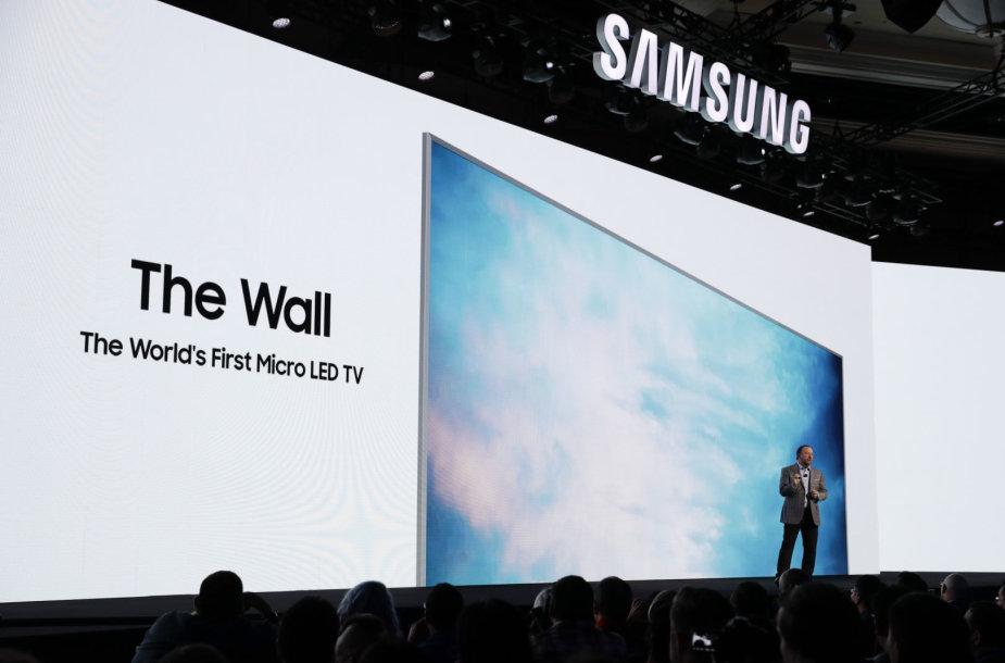 """""""Samsung"""" pristato televizorių """"The Wall"""""""