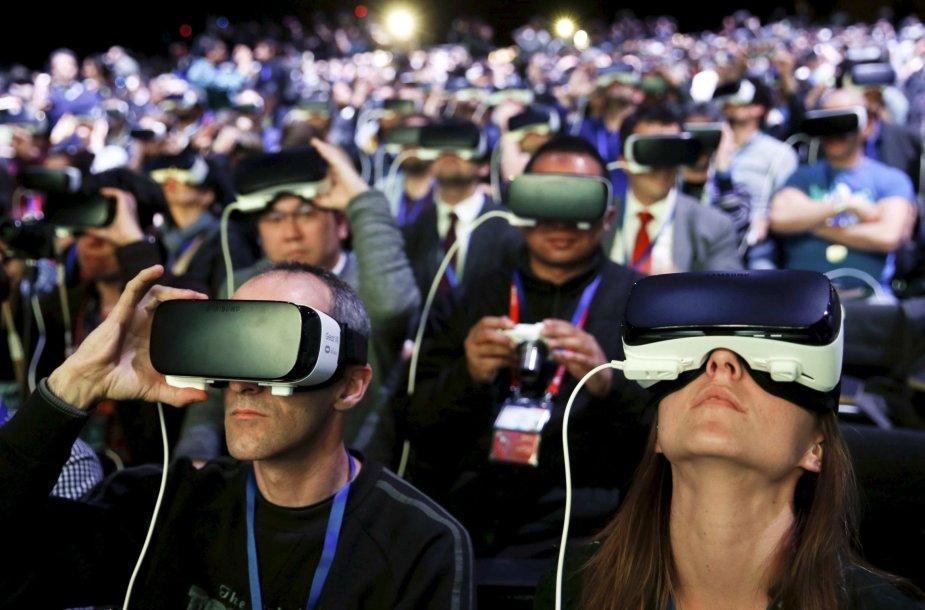 Virtualios realybės akinių pristatymas Barselonoje