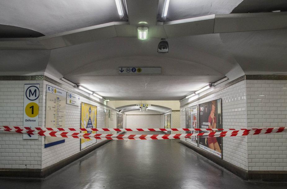 Paryžių paralyžiavo didelis viešojo transporto sektoriaus darbuotojų streikas