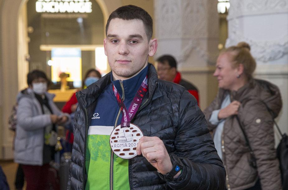 Su Europos bronzos čempionato medaliu grįžo imtynininkas Kristupas Šleiva